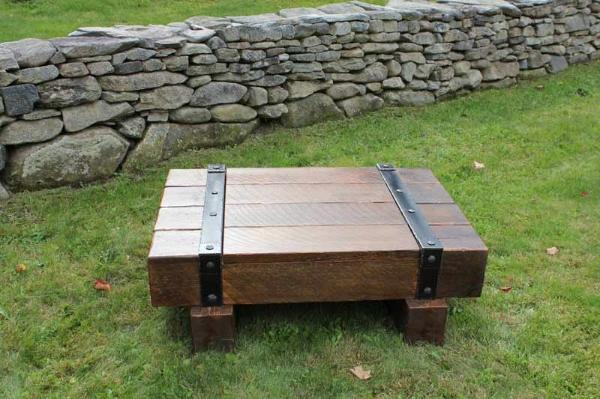 Vermont-Barns-Furniture-Coffee-Table-21.jpg