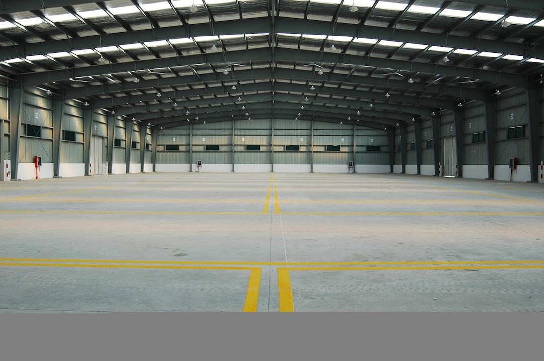 warehouse2.jpg