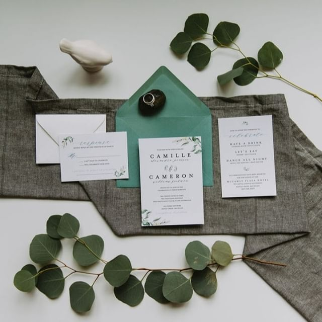This semi-custom suite is perfect for the couple who is looking to add a touch of enchantment. The subtle botanical elements will sweep you off your feet.⠀⠀⠀⠀⠀⠀⠀⠀⠀ ⠀⠀⠀⠀⠀⠀⠀⠀⠀ Pair it with a Jade envelope to make a statement, or keep it subtle and elegant with an opal envelope. Photo credit: @adventurephotostories ⠀⠀⠀⠀⠀⠀⠀⠀⠀ #fresh #botanical #crispandclean #simplistic #eucalyptus #greenery #versatile #prettypapergoods #semicustom #weddinginvites #stationery #ohsopretty #cooltonecolors