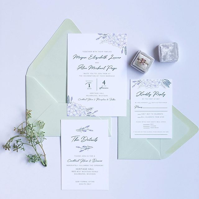 Megan + Alex celebrated their wedding this past weekend. I loved this refreshing, clean design for their stationery.  And these pistachio envelopes 😍 #newlyweds #customweddingstationery #custominvites #miweddings #juneweddings #vows #sofreshandsoclean #refresh #florals #greenandpurple #lavender