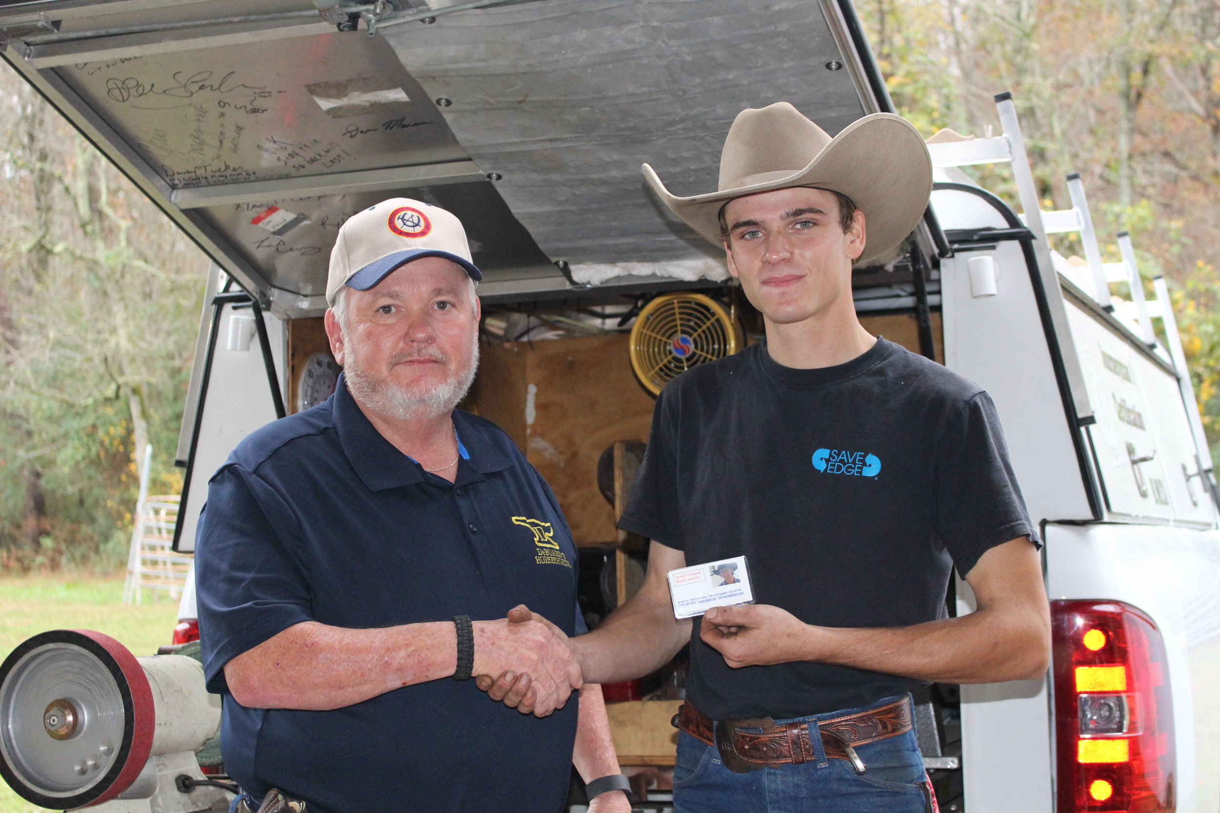 Ronney DeBoard of Georgia (left) with Daniel Riffe of Texas (right)