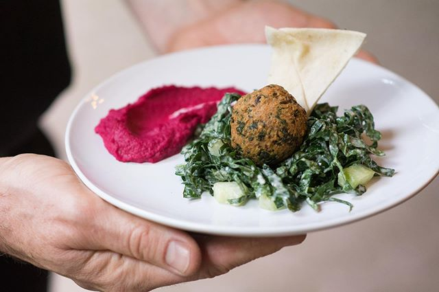 First Course: spinach falafel, lemon tahini cucumber & kale salad, red beet hummus and pita . . . #sevenharvests #7H 📸 by @erikahorlings