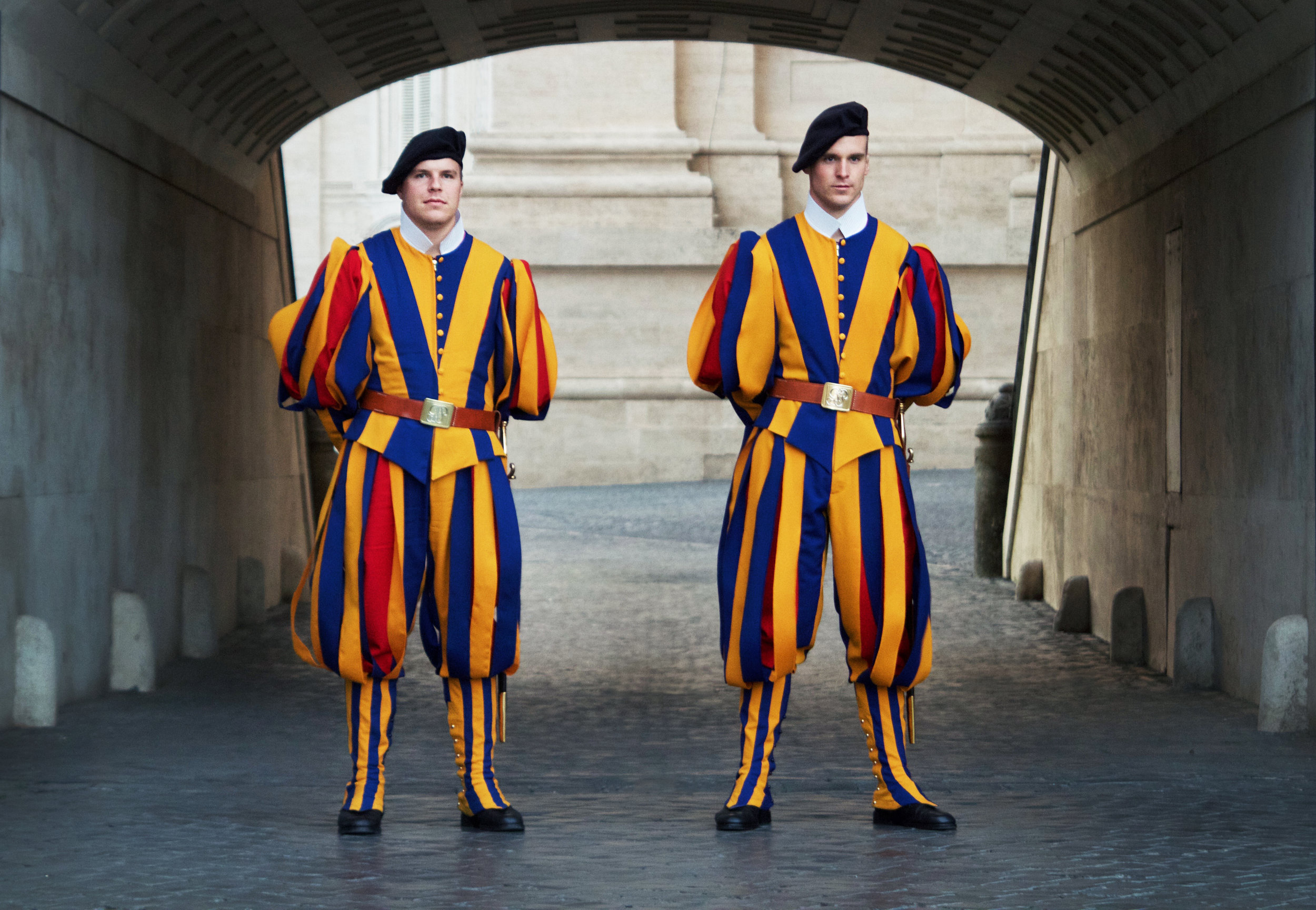 Italy - Vadican Guards.jpg