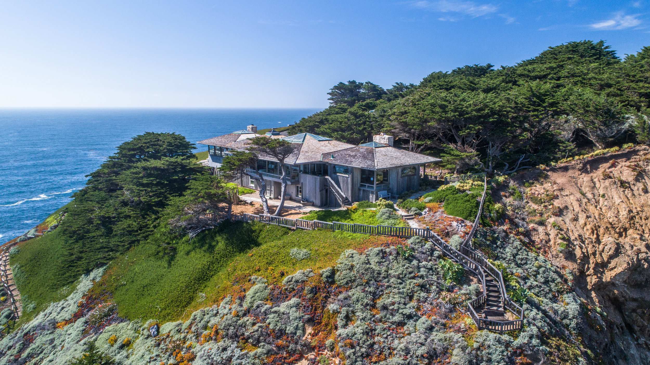 Curbed S.F. - Cliffside home in Monterey asks $16 million
