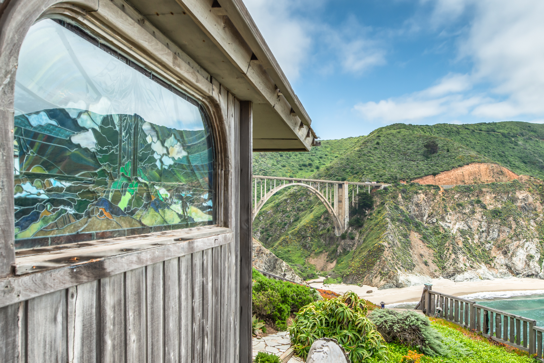 Coastal Living - For Sale: A California Dream House With the Most Iconic View of Big Sur
