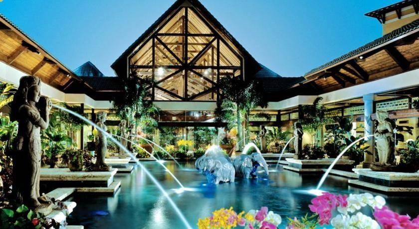 Loews Royal Pacific Resort -