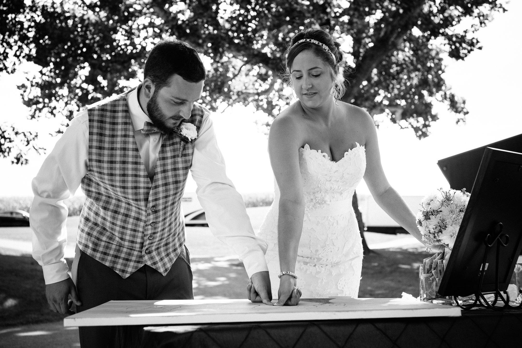 farm-at-eagles-ridge-wedding-photos-43.jpg