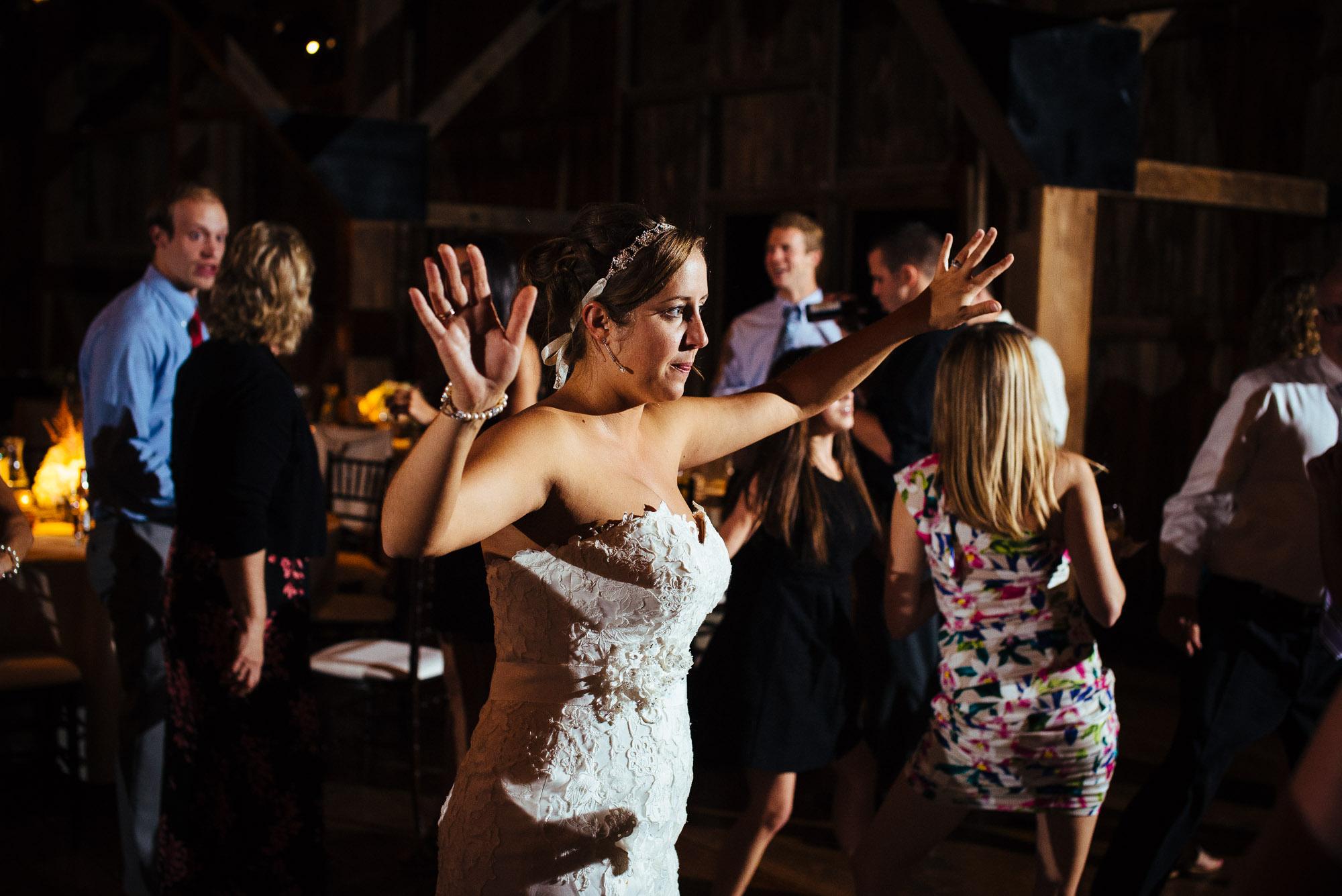 farm-at-eagles-ridge-wedding-photos-117.jpg