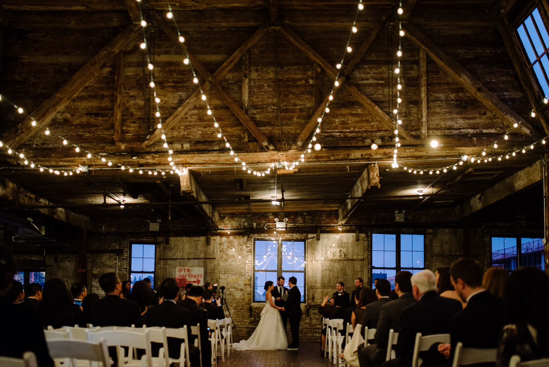 greenpoint-loft-brooklyn-wedding-photos-25.jpg
