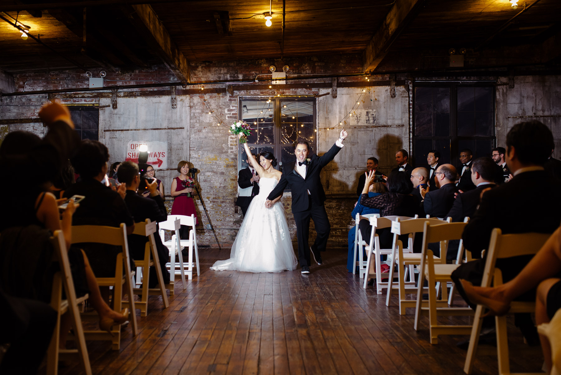 greenpoint-loft-brooklyn-wedding-photos-28.jpg