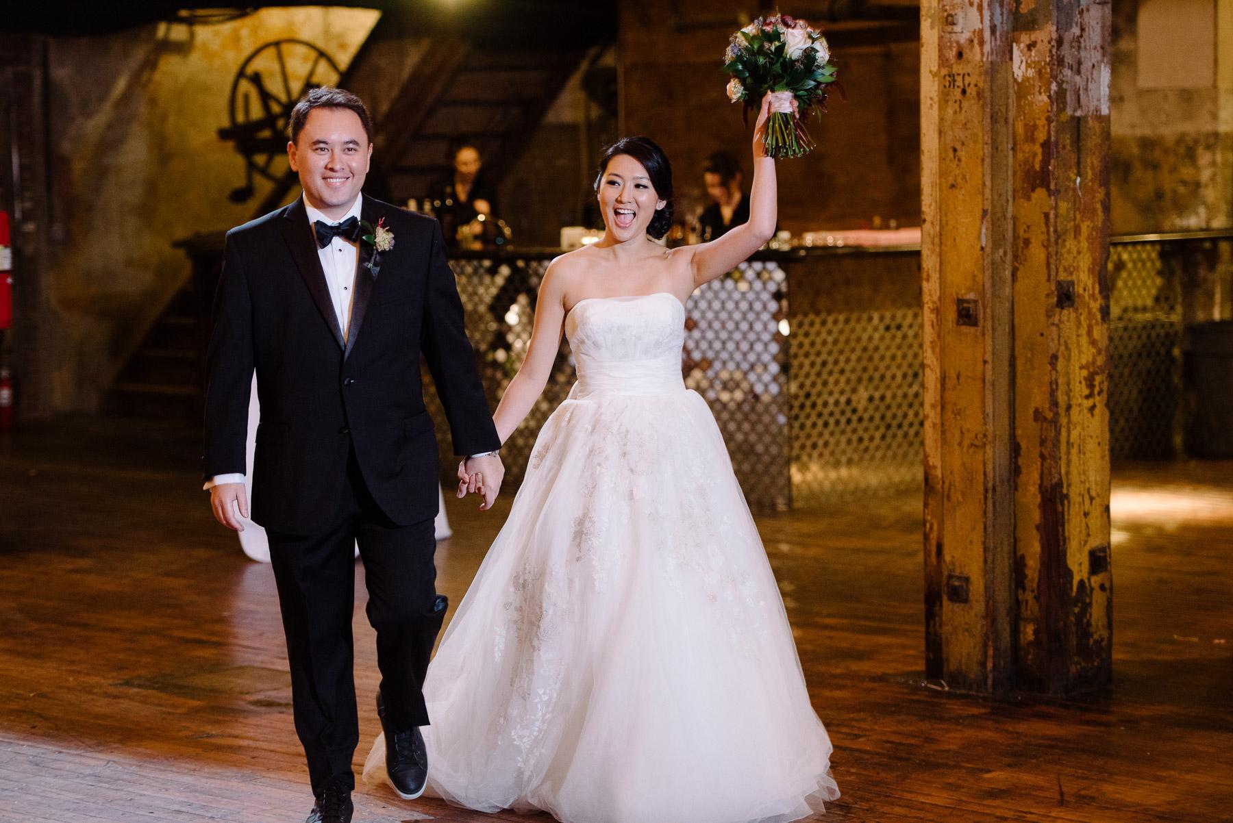 greenpoint-loft-brooklyn-wedding-photos-38.jpg