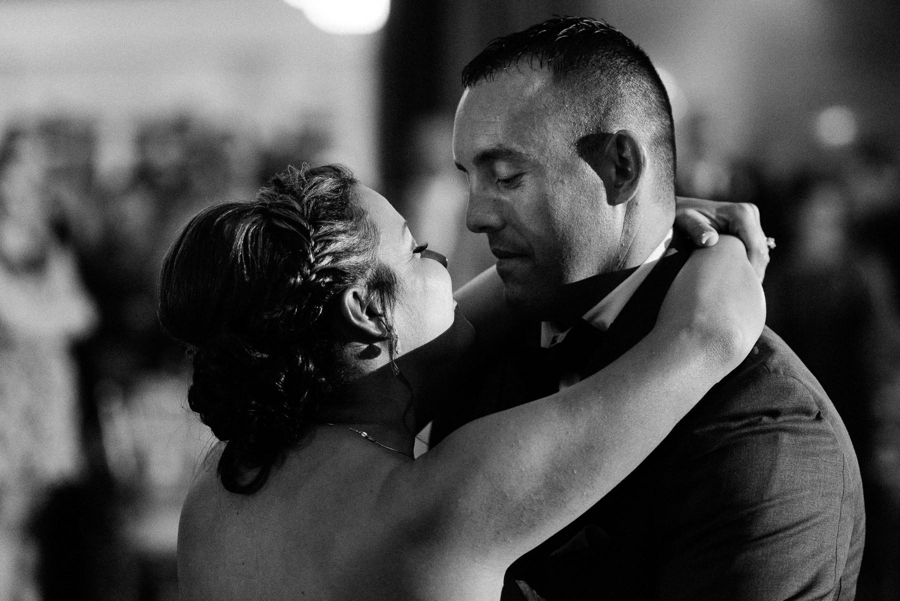 springfield-country-club-wedding-photo-51.jpg