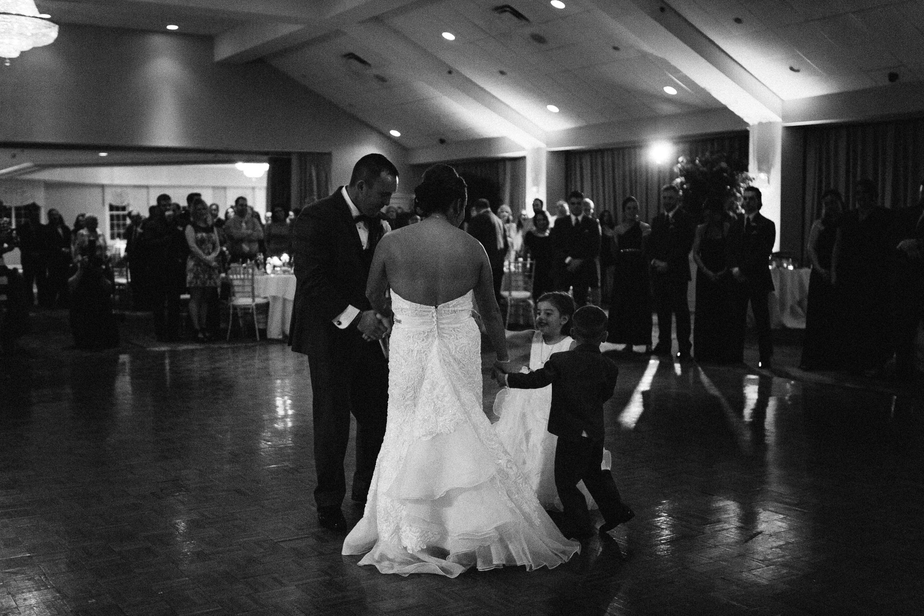 springfield-country-club-wedding-photo-57.jpg