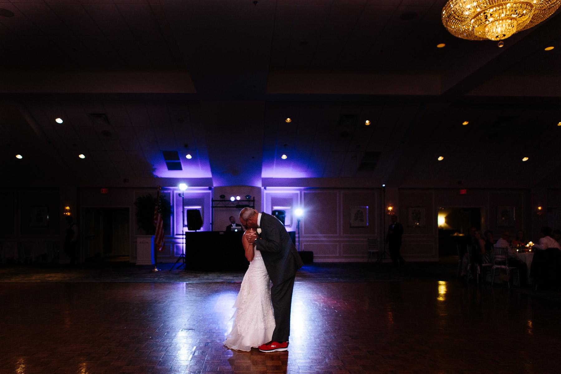 springfield-country-club-wedding-photo-65.jpg