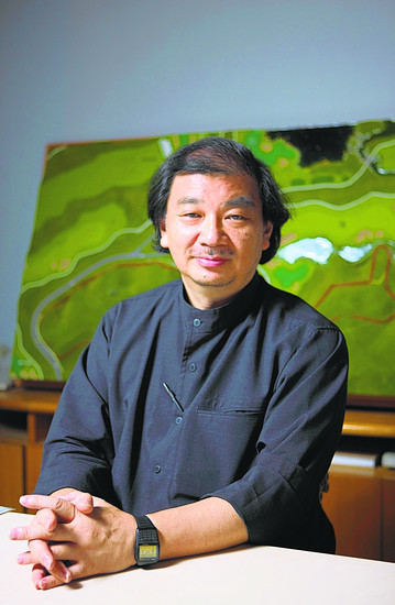 Shigeru Ban (1).jpg