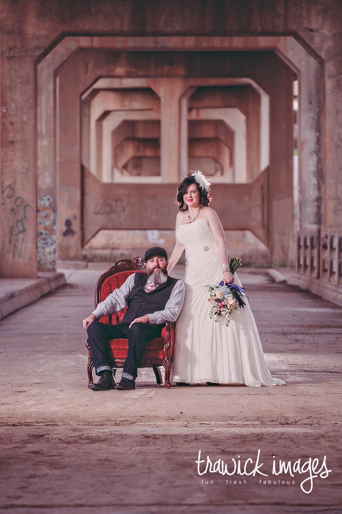 bridge_photographer_wedding_guthrie_oklahoma_best_fun_fashion