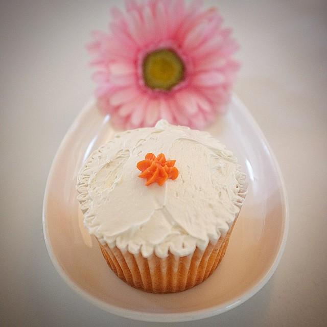 OMG__This_is_an_amazing__sarasaracupcakes_cupcake_and_benefits__eatlocal__eatwell__oklahoma.jpg