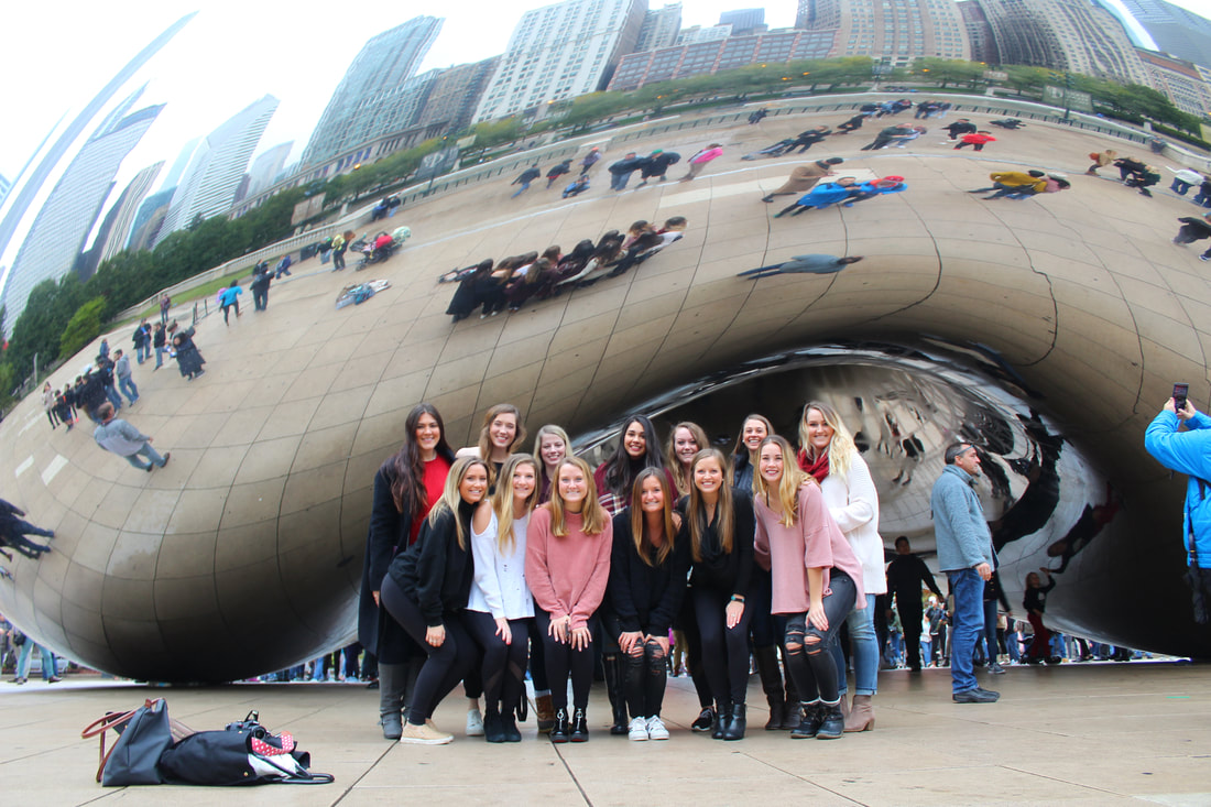 PRSSA members visited Cloud Gate before they headed home!