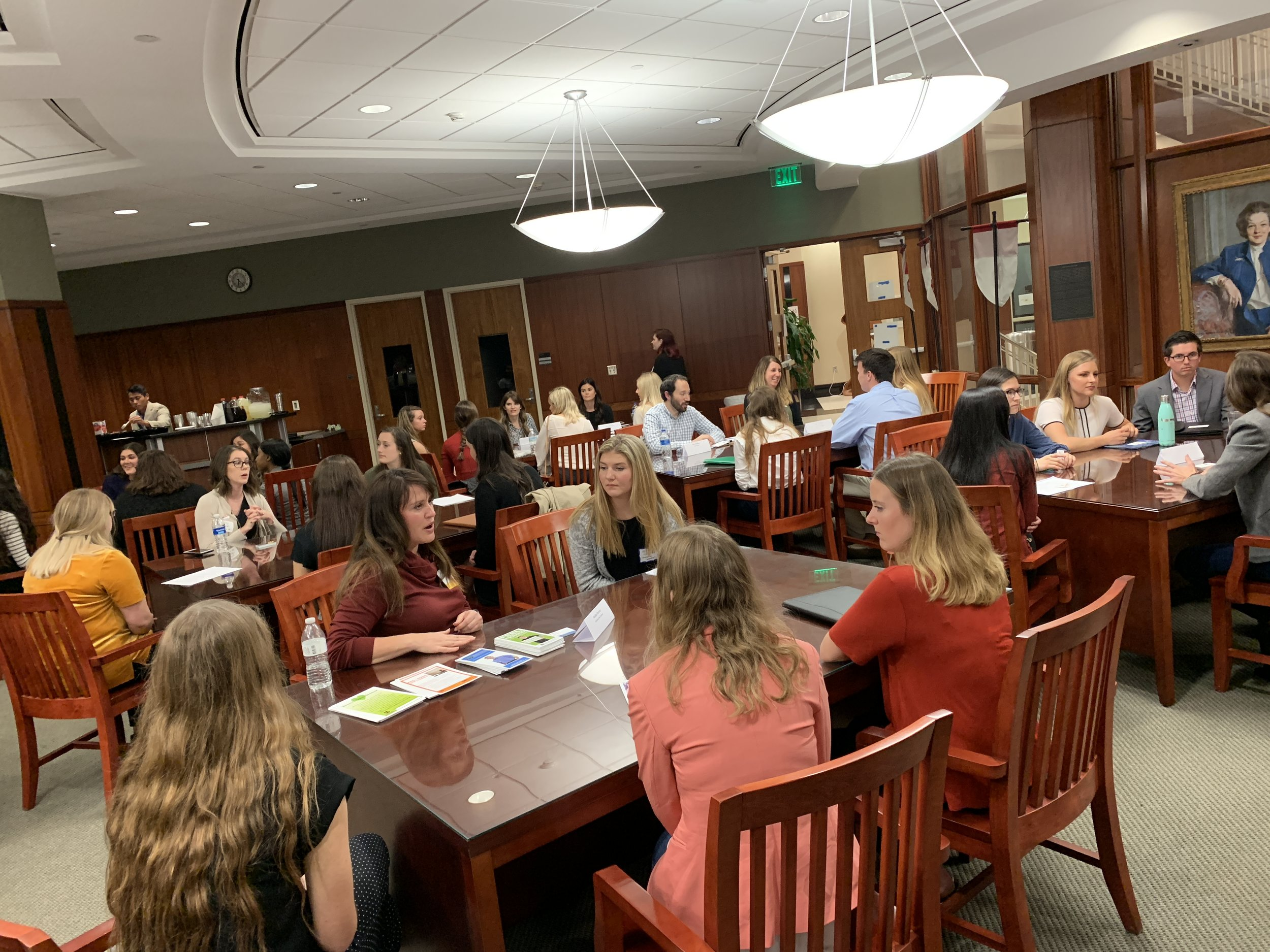 Students and representatives communicate about the PR industry and what to expect after graduation  (OU PRSSA, 2018).