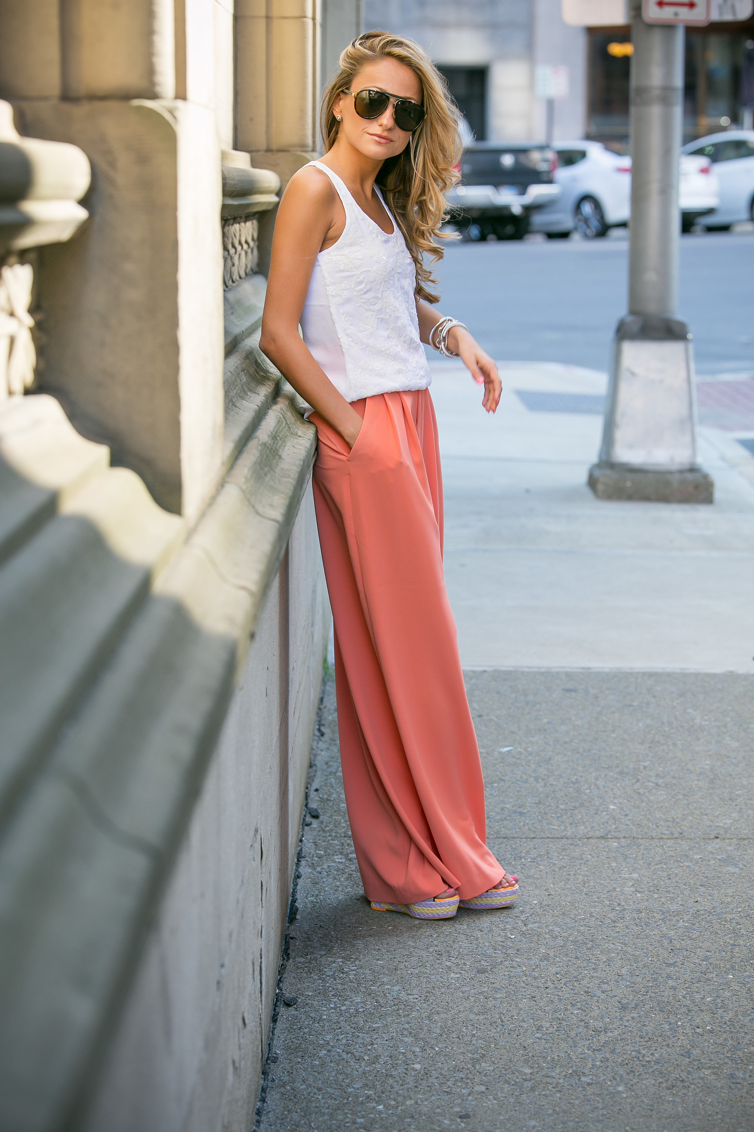 Fashion blogger North of Manhattan showing her street style in Alice and Olivia