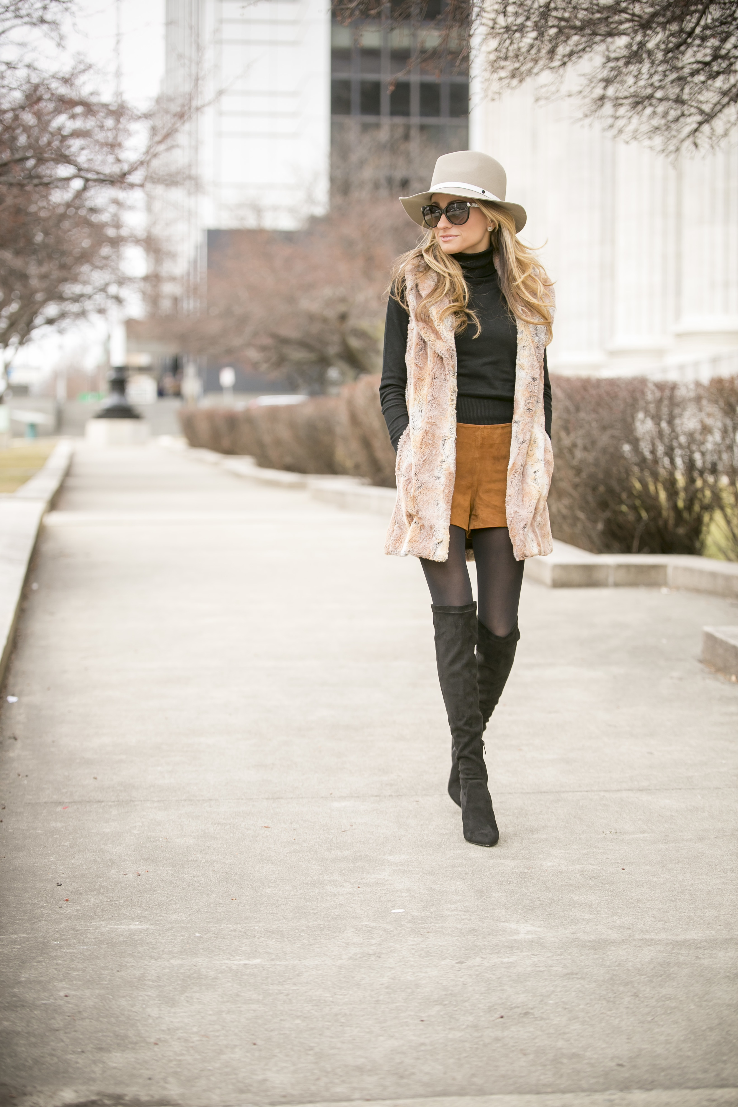 outfit by fashion blogger north of manhattan wearing alice and olivia, rag and bone, and joie