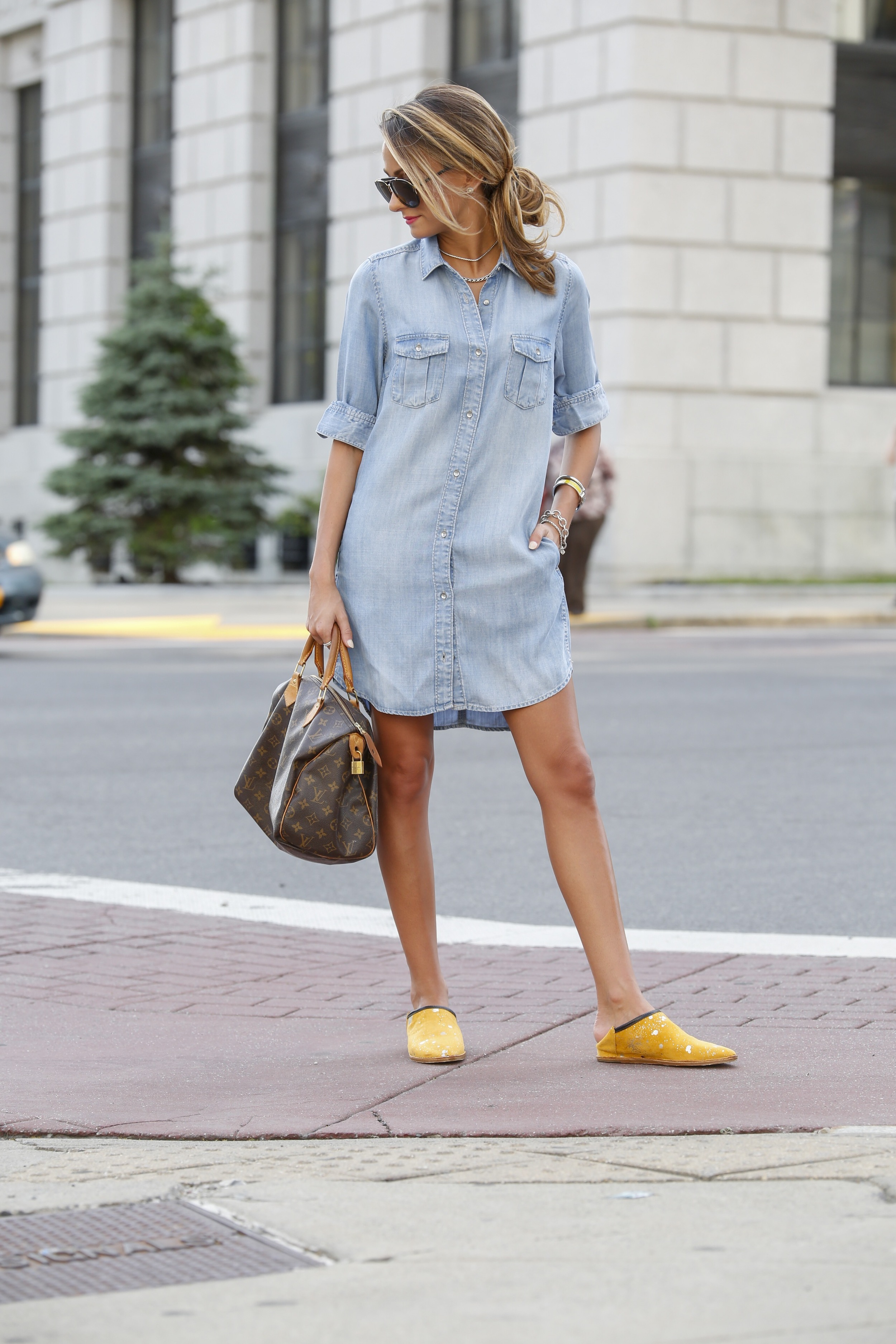 h&M breakthrough blogger of the year seen in a chambray dress
