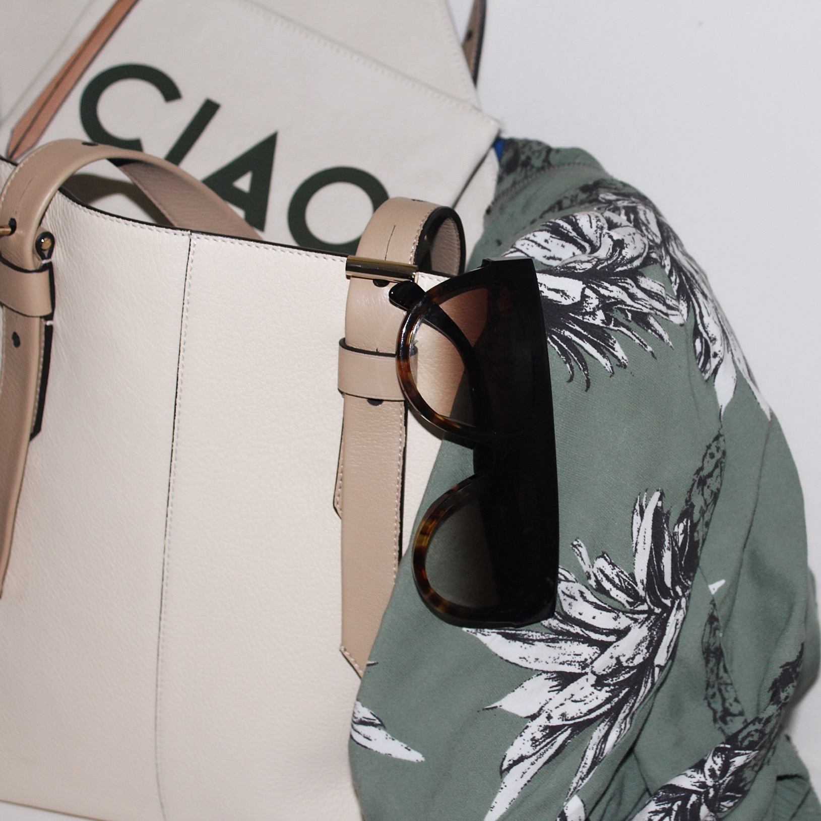 Jacket: BB Dakota |Denim: One Teaspoon | Tee: Current/Elliott     Dino Petrocelli Photography