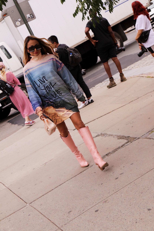 lauren recchia new york fashion week street style in Fendi and Marques Almeida