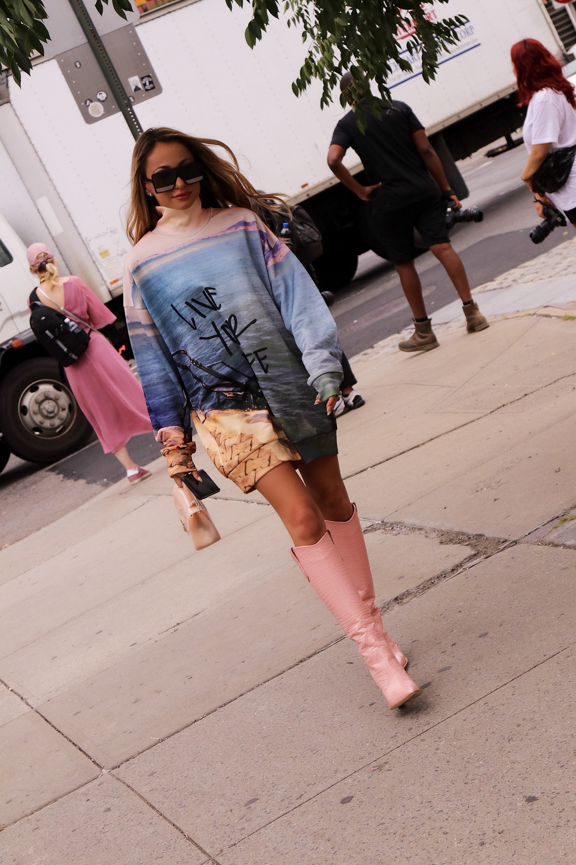 Sweatshirt:  Marques Almeida  Boots: Fendi  Bag:Furla ( similar ) Sunnies:  Saint Laurent