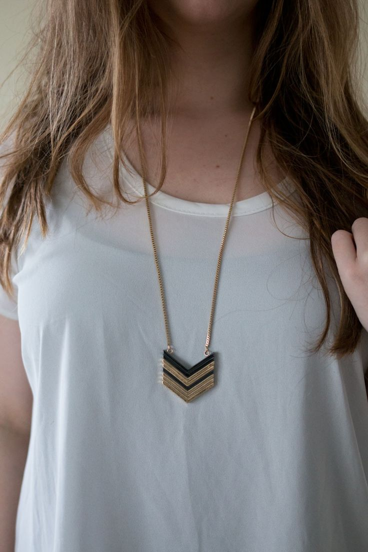 long necklaces3.jpg