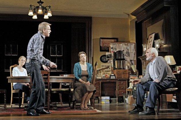 Kathleen Chalfant (Bennie), Stephen Spinella (Pill), Linda Emond (Empty), & Michael Cristofer (Gus)