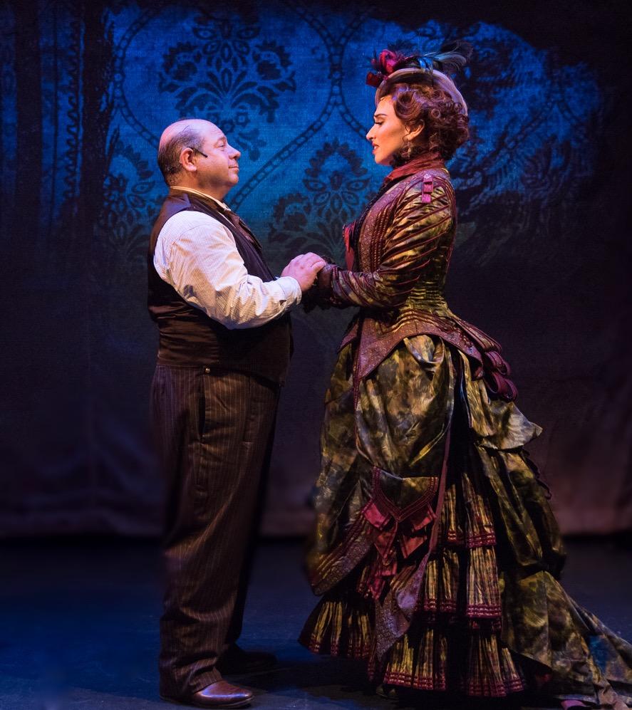 Danny Rutigliano (Pompey) & Lesli Margherita (Zenobia)