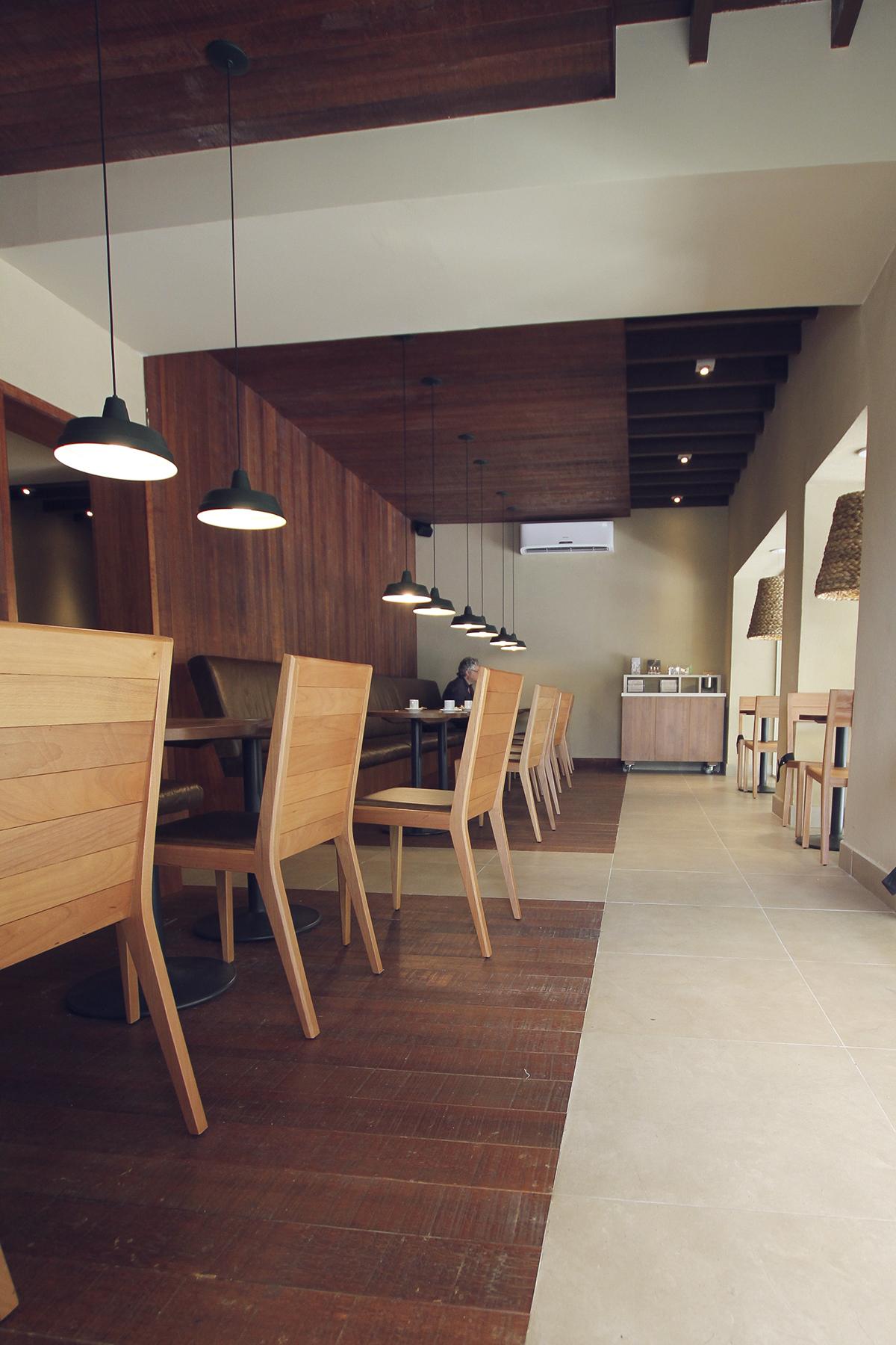 Starbucks07.jpg