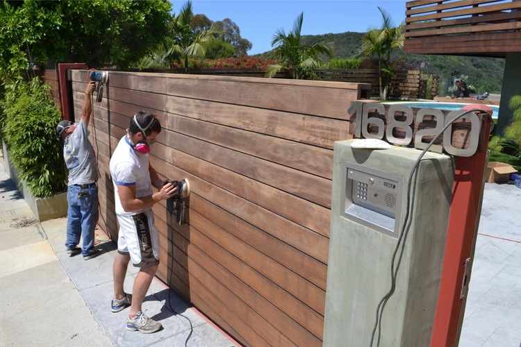 13. Gate Refinishing - Pacific Palisades, Ca 90272
