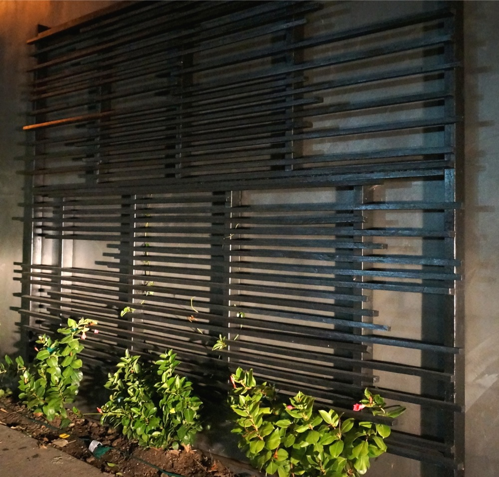 modern wood trellis - Culver City.JPG