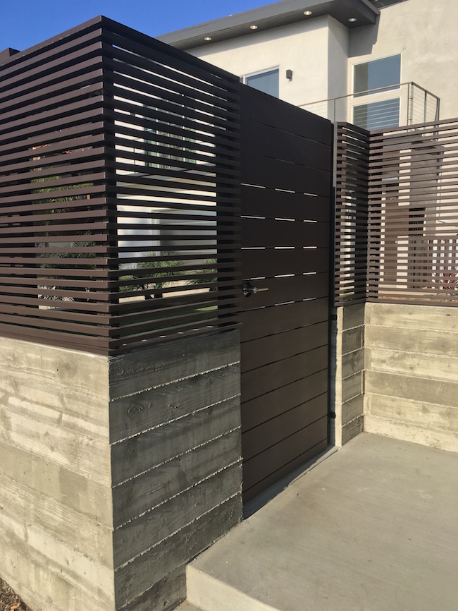 concrete+wall+-+Board+formed+-+Looks+like+wood+-+Venice.jpg