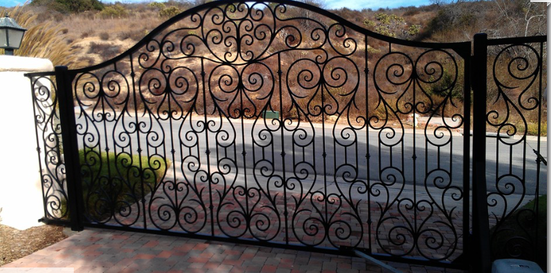 Steel and Iron Driveway Gates Beverly Hills