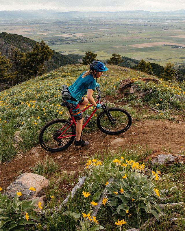 Bike season is swinging! Summer in Montana makes my heart so happy. . . . #outsideisqueer #montana #sklarbikes 📷 @theradavist