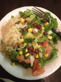 What I used to eat for lunch, cold raw salad with quinoa and beans to fill me up.
