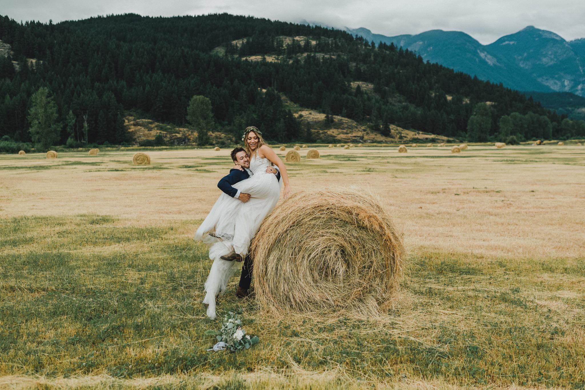 pemberton-riverlands-equestrian-red-barn-wedding (54 of 79).jpg