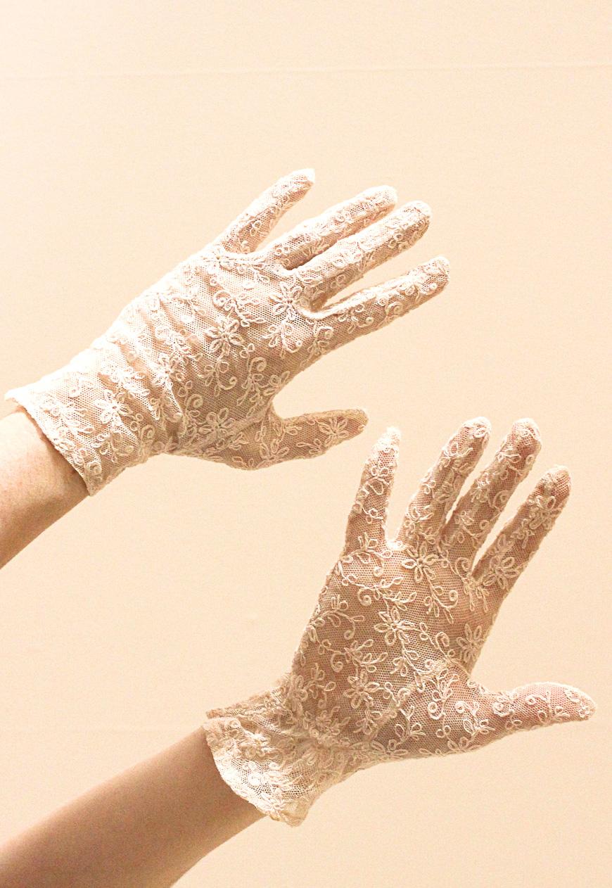 Vintage_Lace_50s_Gloves