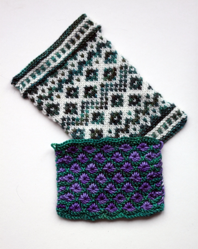 Fairisle swatch knitted in #605/Forest Green and undyed yarn, textured swatch knitted in #606/Sea Green and #610/Lavender Haze, both knitted on 3.25mm needles
