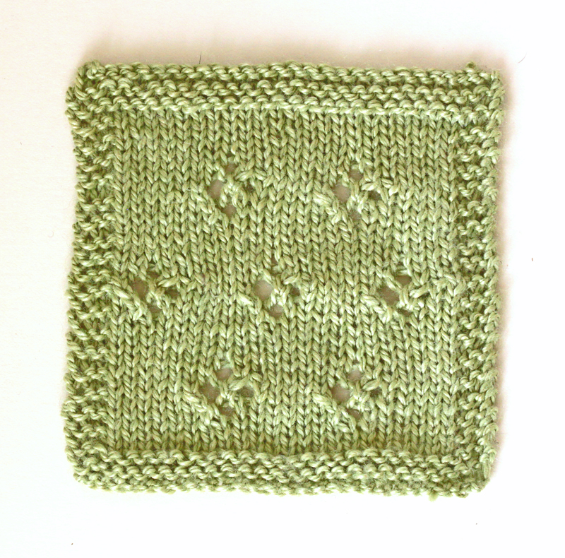 Simple lace swatch Scrumptious 4ply