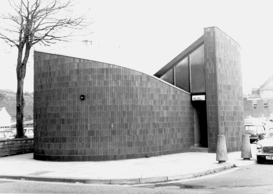 union_street_public_toilets_Photo__by_G_Illingworth_1981_low_res.jpg