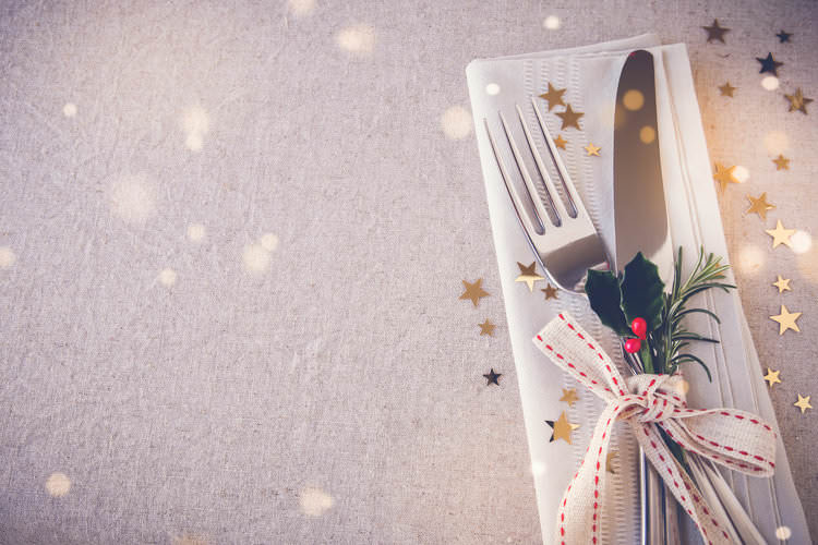 fancy place setting with sparkles.jpg