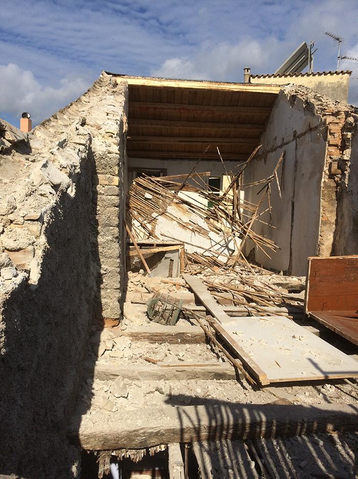 traditional corfu house renovation.jpg