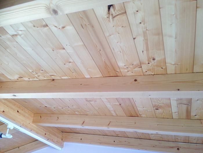 wooden beam roof.jpg