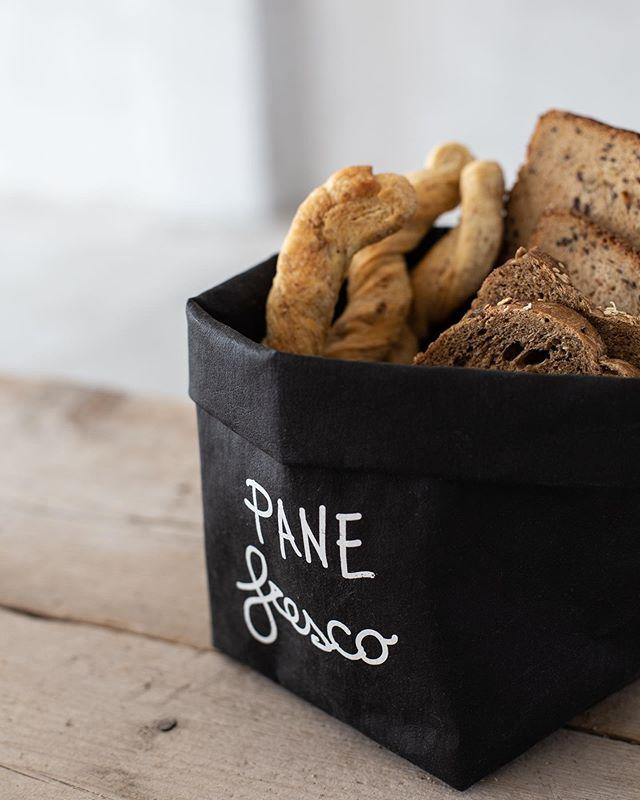 Contenitore per pane in cellulosa lavabile #simpledayofficial#cellulosalavabile#cucina#decor