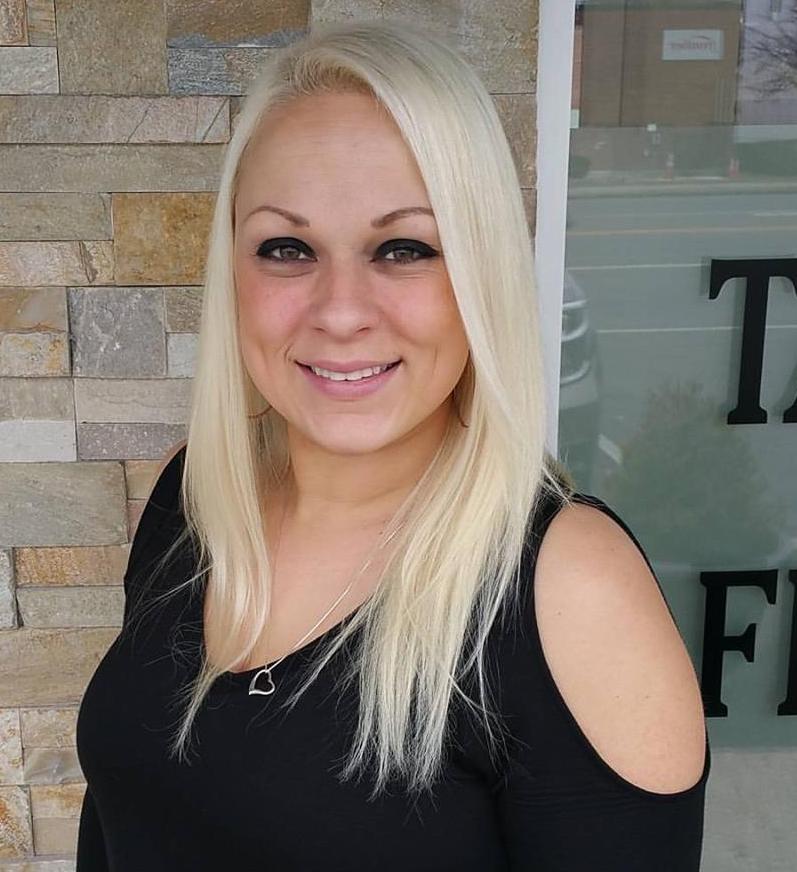 Rachel Capomolla-Gross (Senior Stylist)