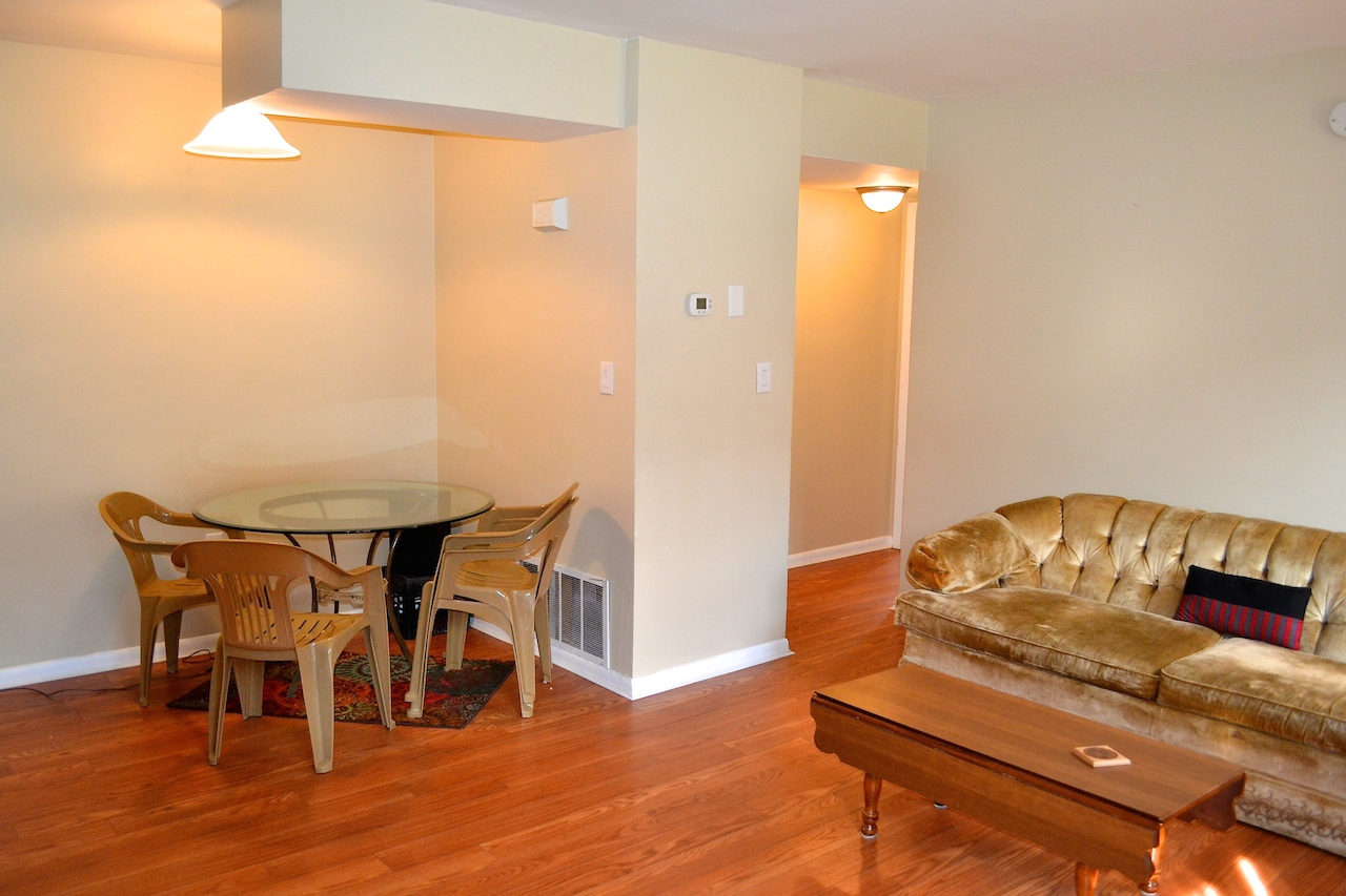 Living Room to Dining Area.JPG